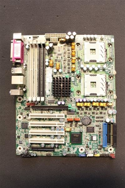 HP 409646-001 359875-005 ATX Intel Dual Sockel 604 Workstation XW6200   #71576